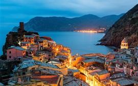 Preview wallpaper Vernazza, Italy, Cinque Terre, Liguria, evening, city, lights, houses