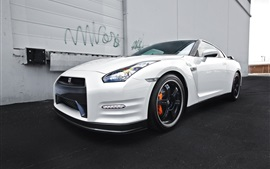 Preview wallpaper Nissan GTR R35 white car side view
