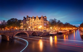 Preview wallpaper Amsterdam, Nederland, city, night, houses, bridge, canal, river, lights, boats