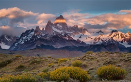 Argentina, Chile, Mount Fitz Roy, mountains, clouds, dusk