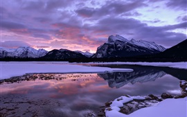 Canada, Alberta, Banff National Park, mountains, lake, sky, clouds, winter
