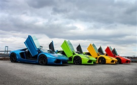 壁紙のプレビュー 赤、青、緑、黄色のランボルギーニスーパーカー、