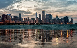 Preview wallpaper Chicago, water reflection, buildings, river, dusk, clouds
