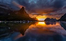 Noruega, Reine, montanhas, pôr do sol, lago