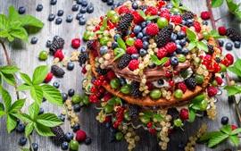 Bolo, sobremesa, folhas de hortelã, bagas