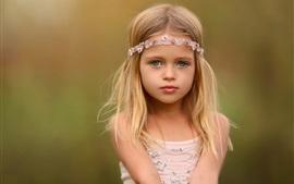 Nettes mädchen portrait blonde hintergrundbilder bilder fotos