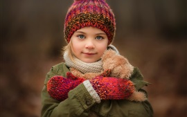 Cute little girl, smile, portrait, hat Wallpapers Pictures Photos Images