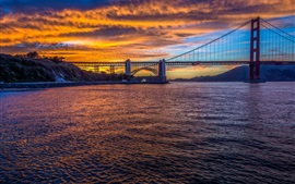 Мост Золотые Ворота, Сан-Франциско, Калифорния, США, город, вечер, пролив
