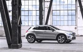 Mercedes-Benz GLA voiture concept de l'argent