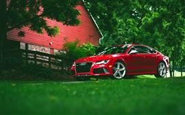 アウディRS7赤い車のフロントビュー