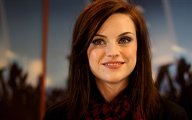 Preview wallpaper Amy Macdonald 03