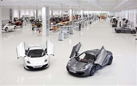 Preview wallpaper McLaren MP4-12C white and gray supercars