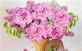 Flores de color rosa, cesta, peonías, lila