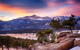 Preview wallpaper Colorado, Rocky Mountain National Park, mountain, forest, winter, dusk