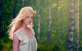 Preview wallpaper Elle Fanning 02