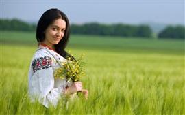Fille dans les champs, été, fleurs