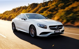 Preview wallpaper 2015 Mercedes-Benz S63 AMG car speed