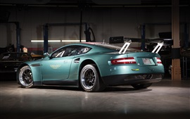 Aston Martin vue arrière de supercar