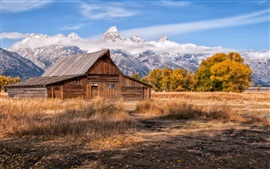 Mountains, sky, wooden house, grass, trees Wallpapers Pictures Photos Images