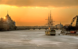 Preview wallpaper St. Petersburg, Russia, morning, city, river, boat, house