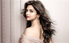 Preview wallpaper Deepika Padukone 03