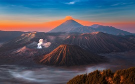 Preview wallpaper Indonesia, Java, volcano, eruption, sky, mountains