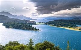 Lago Nahuel Huapi, Patagônia, Argentina, árvores, montanhas