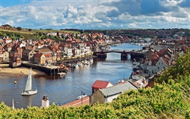Preview wallpaper North Yorkshire, England, city, river, bridge, houses, boats