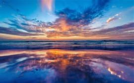 Preview wallpaper Ocean, coast, dawn, beach, clouds, sunrise