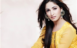 Preview wallpaper Yami Gautam 01