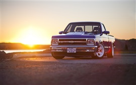 Chevrolet S10 pickup, sunset