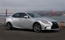 Lexus IS 50 серебряных вид сбоку автомобиля