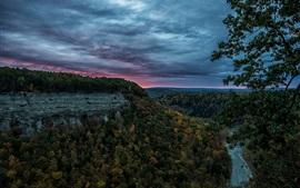 Aperçu fond d'écran États-Unis, Letchworth State Park, canyon, forêt, rivière, soir