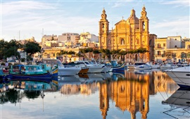 Valletta, Malta, water reflection, boats, houses