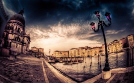 Preview wallpaper Venice, city, houses, dusk