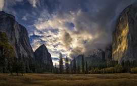 Preview wallpaper Yosemite National Park, Sierra Nevada, USA, mountains, trees, clouds
