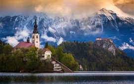 Preview wallpaper Slovenia, Bled lake, mountains, Alps, houses