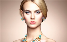Preview wallpaper Beautiful fashion girl, portrait, makeup, jewelry