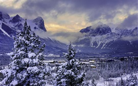 Preview wallpaper Canada, Banff National Park, winter, snow, mountains, valley