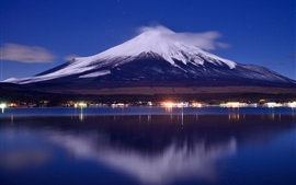 Preview wallpaper Japan, mount Fuji, lake, night, lights, clouds