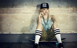 Preview wallpaper Chloe Grace Moretz 12