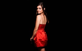 Preview wallpaper Lucy Hale 02