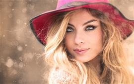 sombrero rojo, rubia, retrato