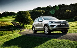 Preview wallpaper 2015 Volkswagen Touareg V6 TDI AU-spec SUV car