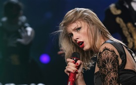 Taylor Swift 66
