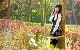 Menina longa do cabelo, asiático, verão, árvores