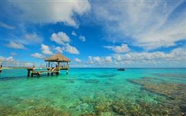 Aperçu fond d'écran Océan, l'eau, roches, quai, bateau, nuages