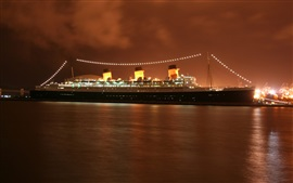 Preview wallpaper Queen Mary 2 cruise, evening