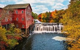 アメリカ、ウィスコンシン州、水車、川、滝、木、秋