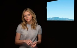 Preview wallpaper Chloe Grace Moretz, Clouds of Sils Maria